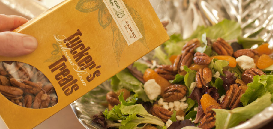 Salad with Pecans